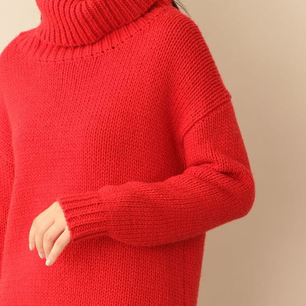 【Oggi12月号掲載】ローゲージボリュームタートルニット