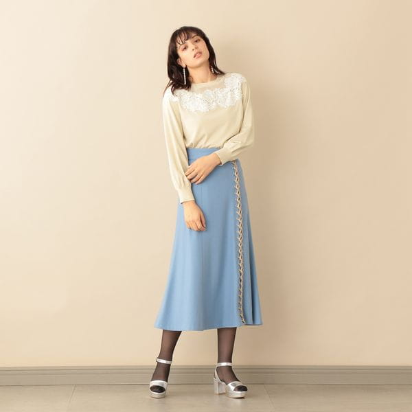 【Oggi12月号掲載】レースアップディティールスカート