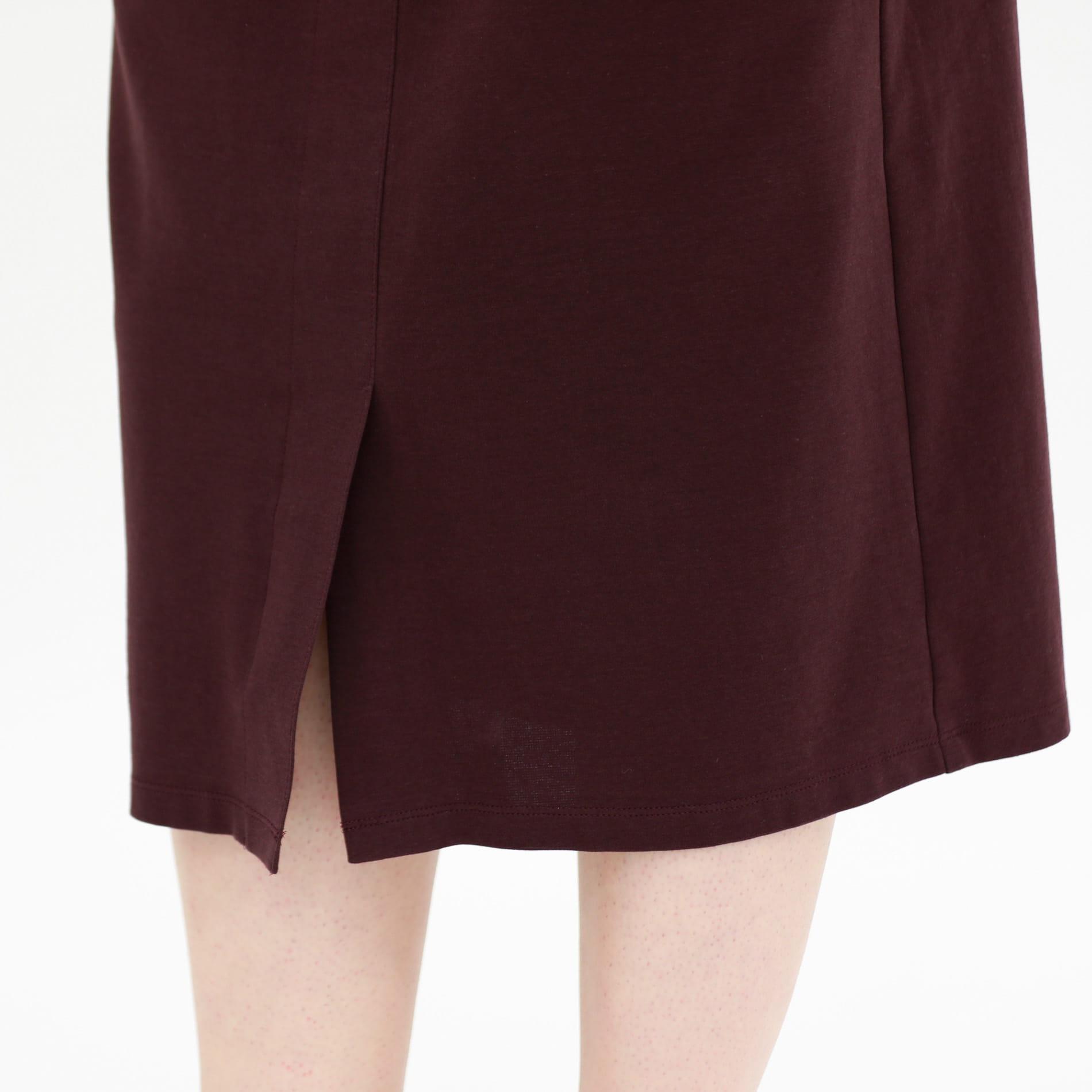 ベルテットタイトスカート